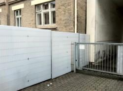 Polykarbonátová výplň plotu