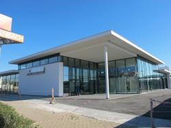 BMW Olomouc-Prosklené hliníkové fasády, okna a dveře